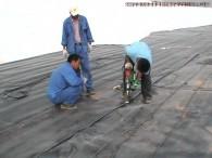 Solusi Tempat Pembuangan Sampah tidak tercemar mengunakan geomembrane